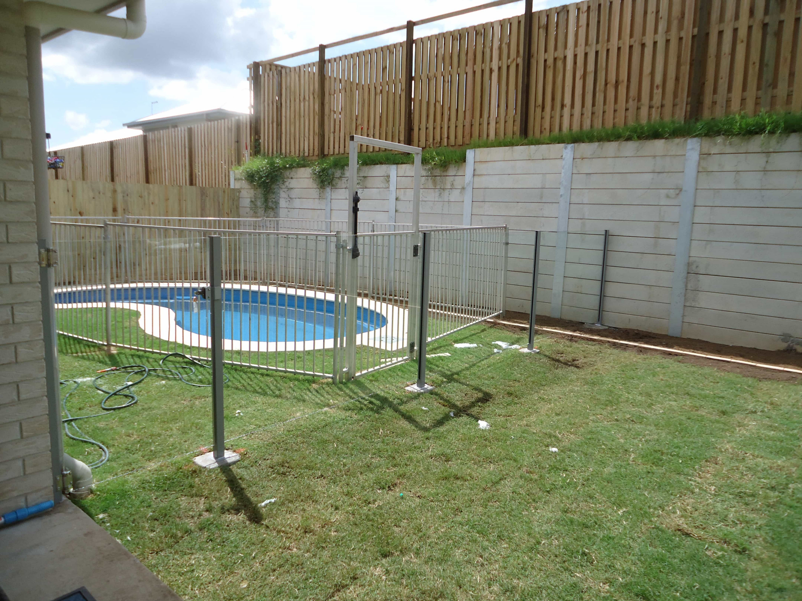 How To Install Glass Pool Fencing? - ALS Glass Works