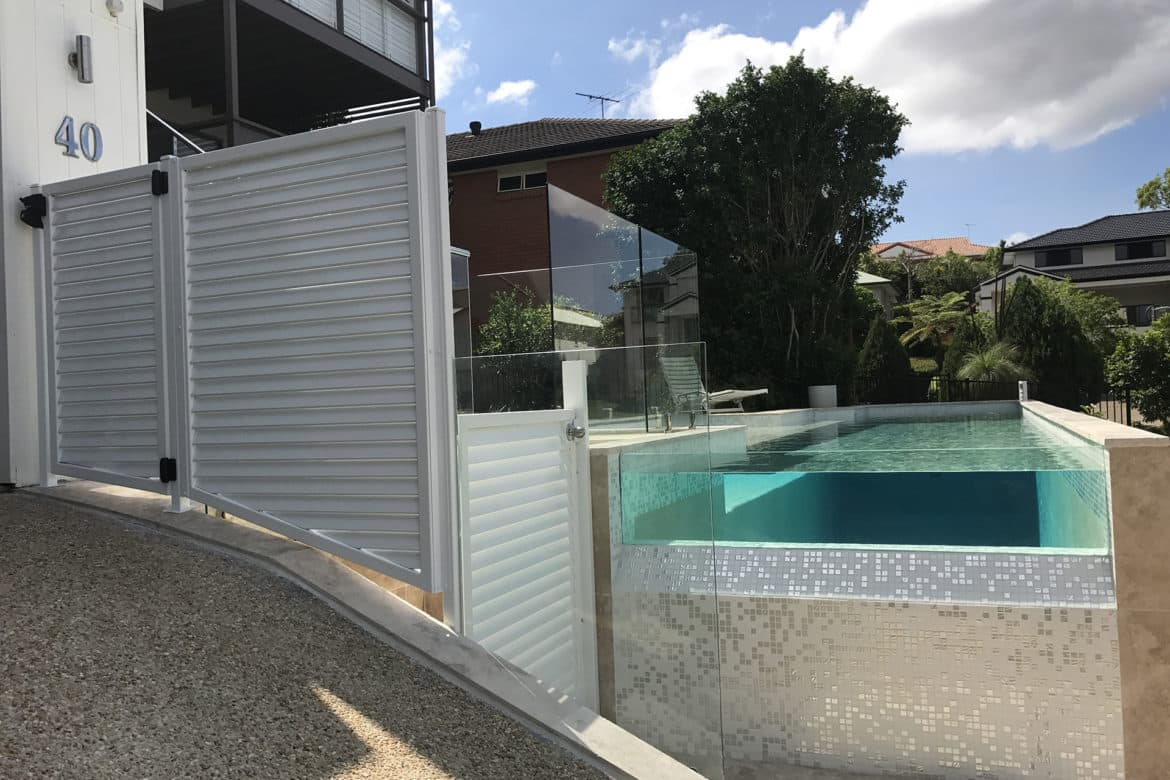 Glass Pool Fencing Brisbane02