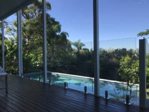 Factors To Consider When Choosing A Glass Pool Fence